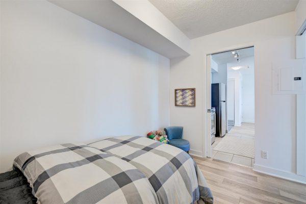 29-Bedroom2-3