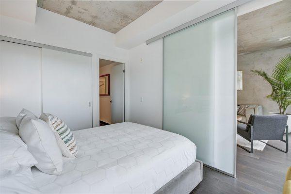 18-Bedroom1-2