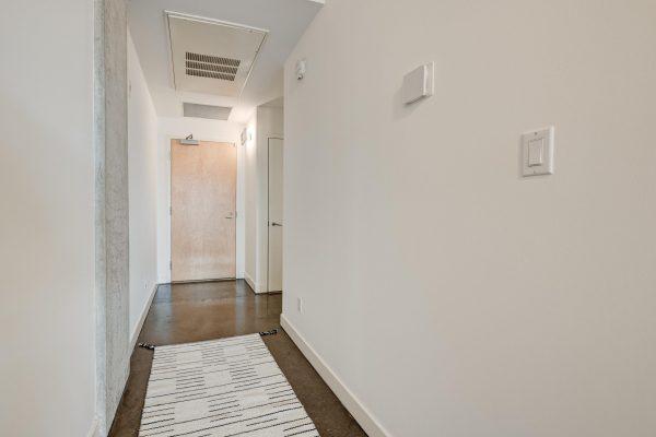 5-Foyer-2