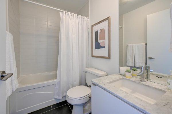 27-Bathroom_1