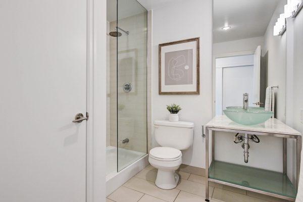 Bathroom_1