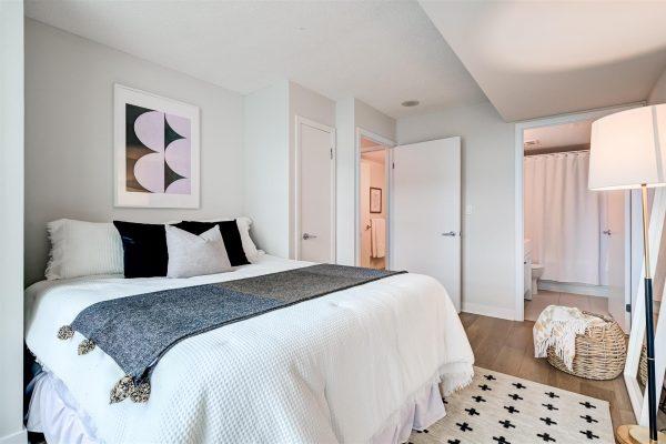 28-Bedroom_Master-4