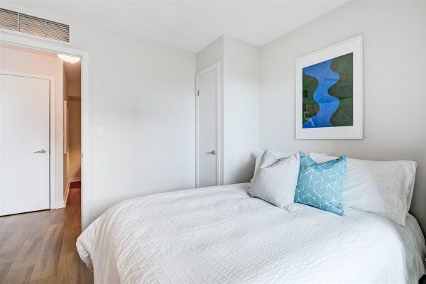 32-Bedroom2-2