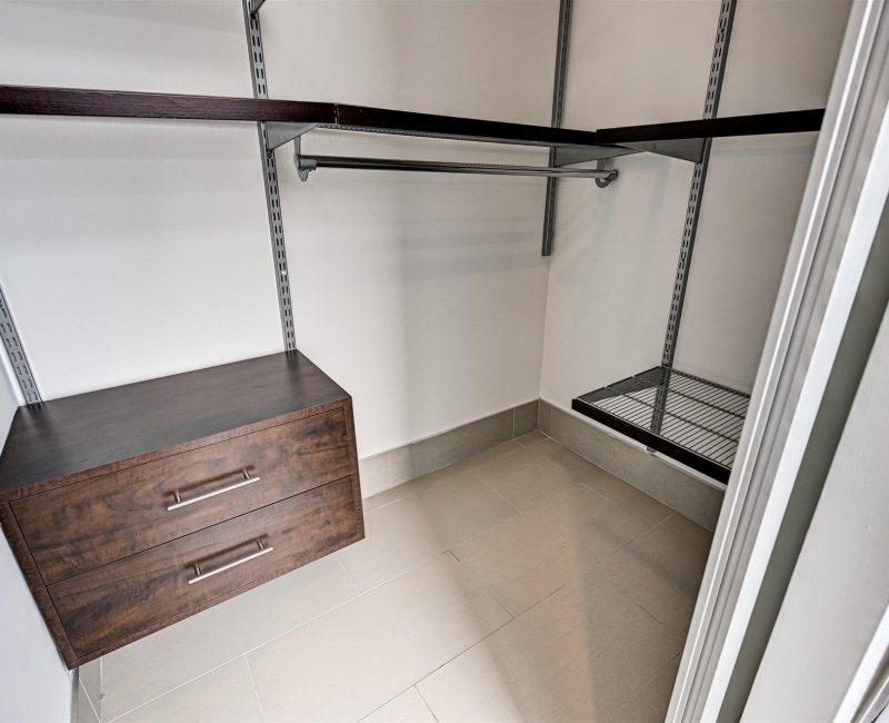 29-Bedroom_Master_Closet-1