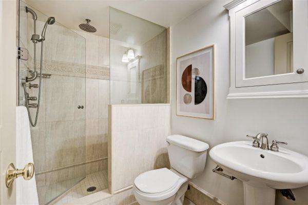 27-LowerLevel_Bathroom-1
