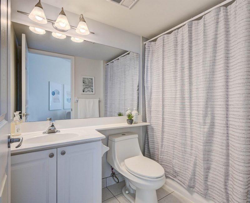 33-Bathroom_1
