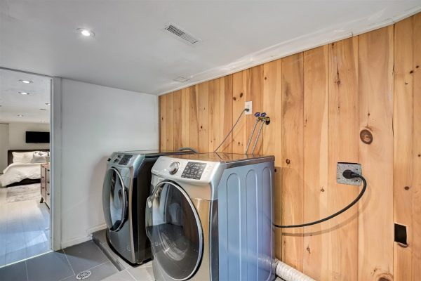 LaundryRoom-2