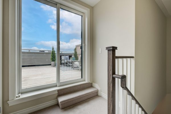 26-Rooftop_Terrace_Access-1