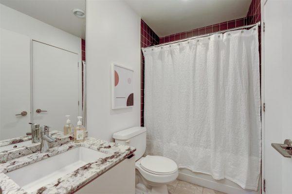28-Bathroom-3