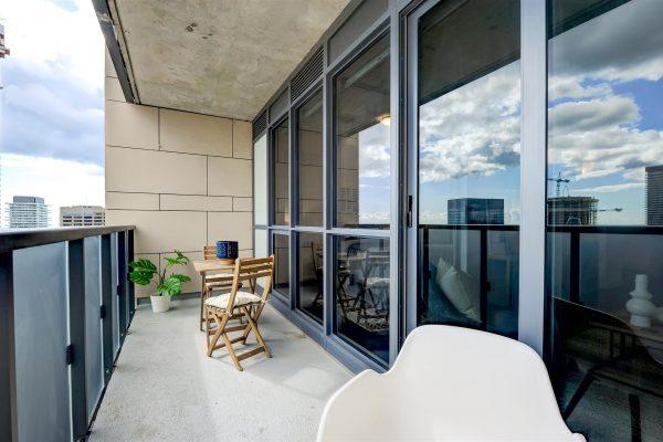 32-Balcony-1